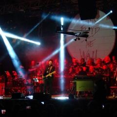 La vocalist dei Pink Floyd con la tribute band al Palapartenope